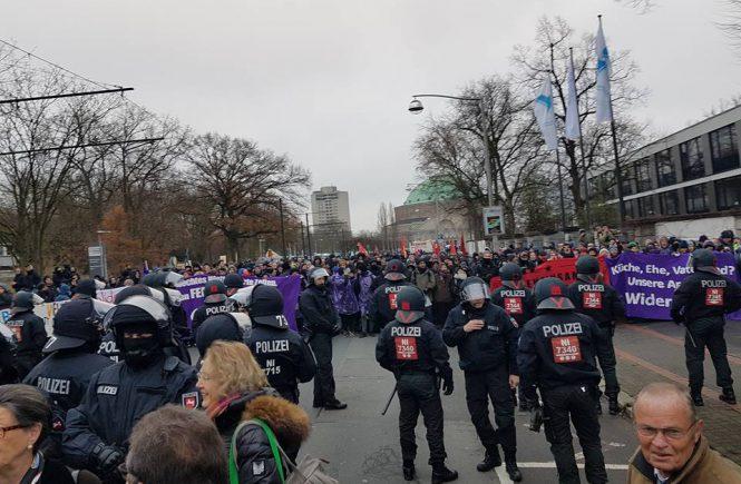 Blockade AfD-Parteitag in Hannover